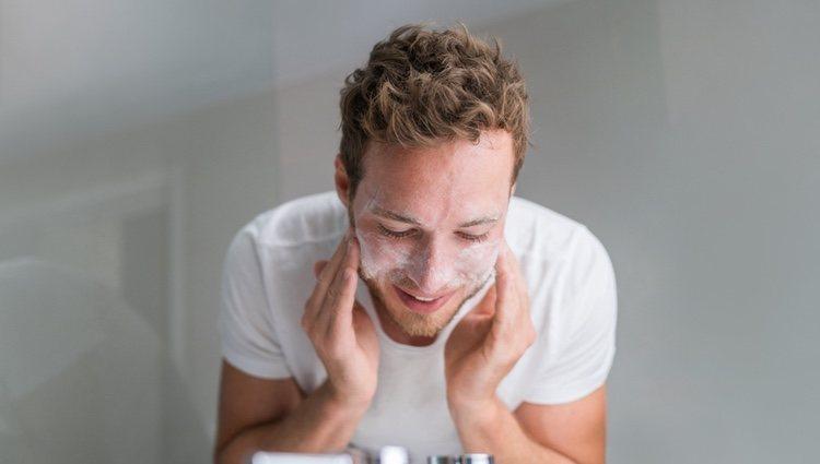 El exfoliante para la piel masculina