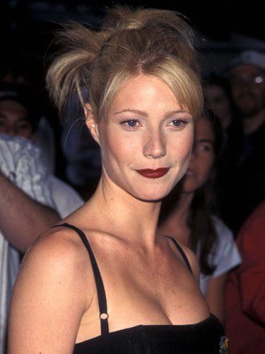 Gwyneth Paltrow con un peinado de moños