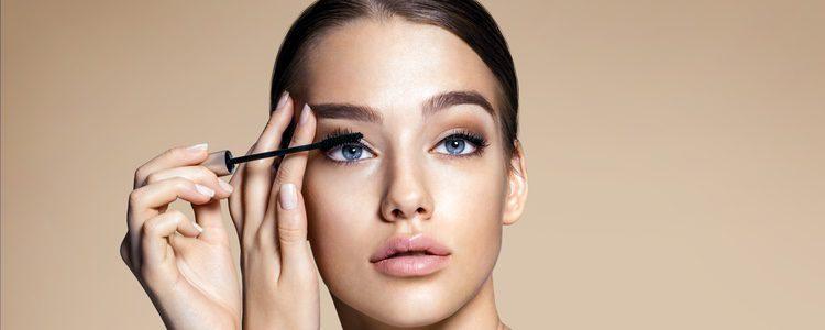 El maquillaje de los ojos dependerá mucho del evento al que acudas o si es de día o de noche
