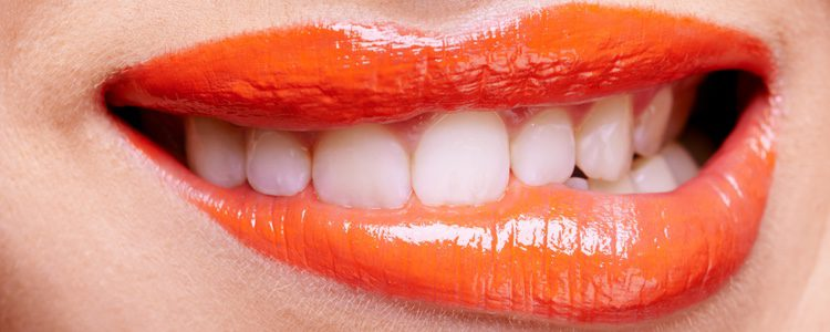 Los labios glossy serán una apuesta segura esta primavera