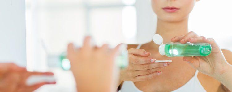 Es un producto aconsejable para pieles mixtas o grasas