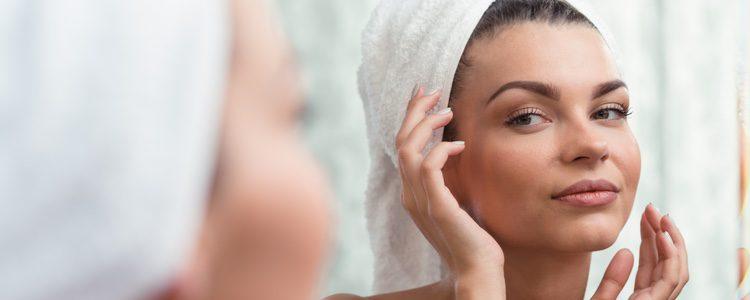 La gimnasia facial te eliminará la tensión en el rostro y los pequeños surcos o arrugas que aparezcan