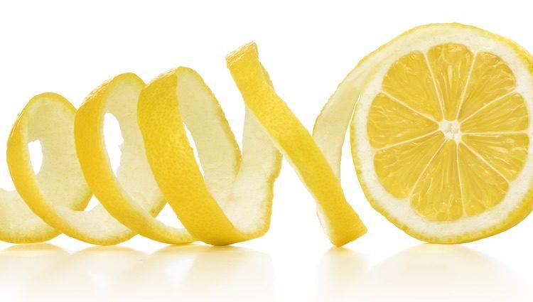 El limón es un aliado perfecto por la vitamina C y los antioxidantes que contiene