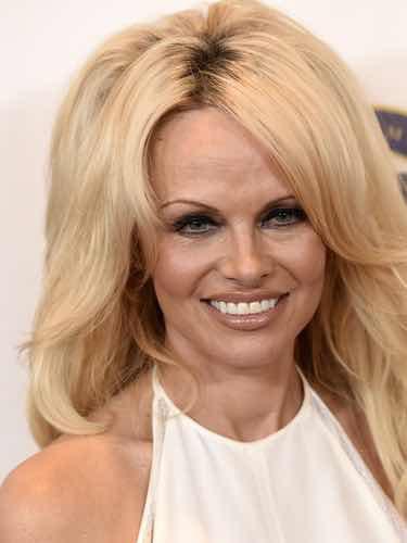 Pamela Anderson con melena