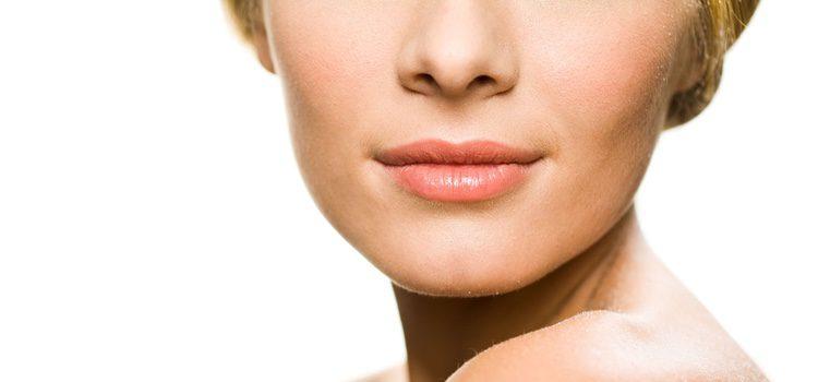 Lleva los labios naturales sin mucho pintalabios