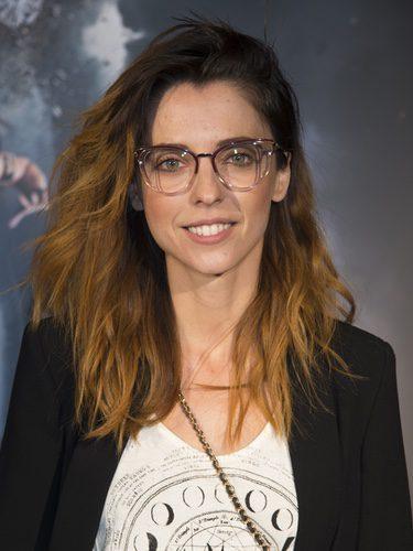 Leticia Dolera con melena despeinada y maquillaje natural