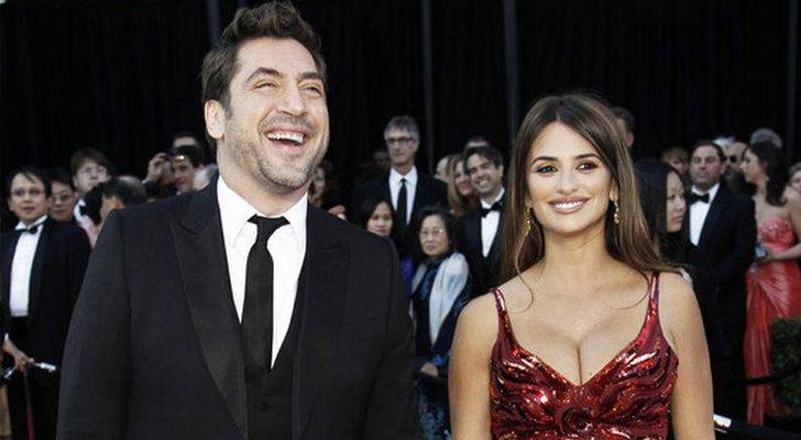 Javier Bardem y Penélope Cruz, en los Premios Óscar 2011